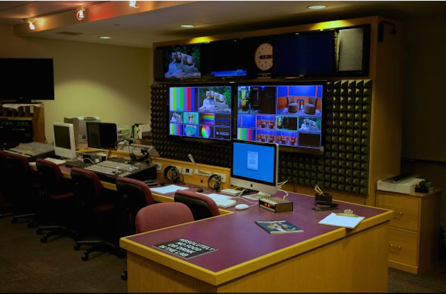 One of the student multimedia labs within Innovation Park