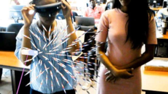 Wearing headsets, students can visualize how the magnetic field works in two or three dimensions by manipulating virtual bar magnets with their fingers and watching how compass needles respond to this invisible phenomenon.