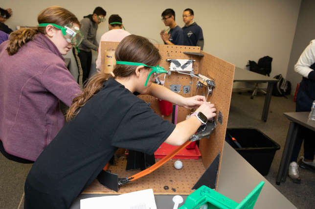 NJ Institute of Tech Hosts Young Scientists in STEM Competition