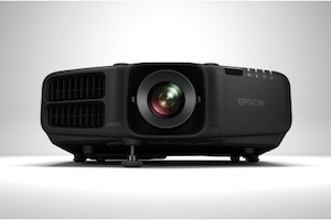 The new Epson PowerLite Pro G6900WU offers WUXGA resolution and a light output of 7,000 lumens.