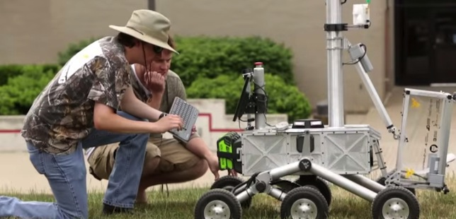 A team from West Virginia University is the first to win NASA's $100,000 prize for the Sample Return Robot Challenge.