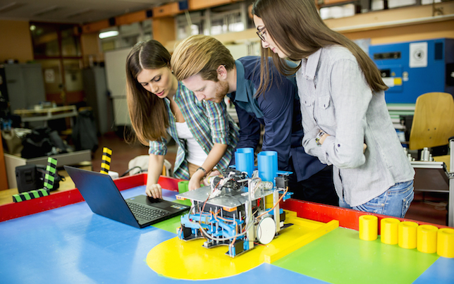 technology challenges facing education A huge issue in education with technology is how much to spend on technology in the classroom state budgets are shrinking and cuts are made to funding in schools.